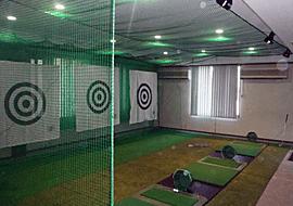 レッスンプロ用インドアゴルフ練習場