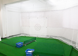 レッスンプロ用インドアゴルフ練習場イメージ3