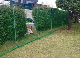 住宅敷地内での防球ネット例1