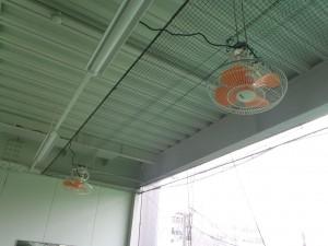 打席内扇風機交換工事の施工実績を更新しました。