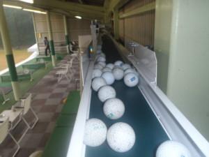 送球装置(横コンベア)新設工事の施工実績を更新しました。