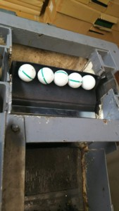 ボール送球用ゴムバケット交換工事の施工実績を更新しました。