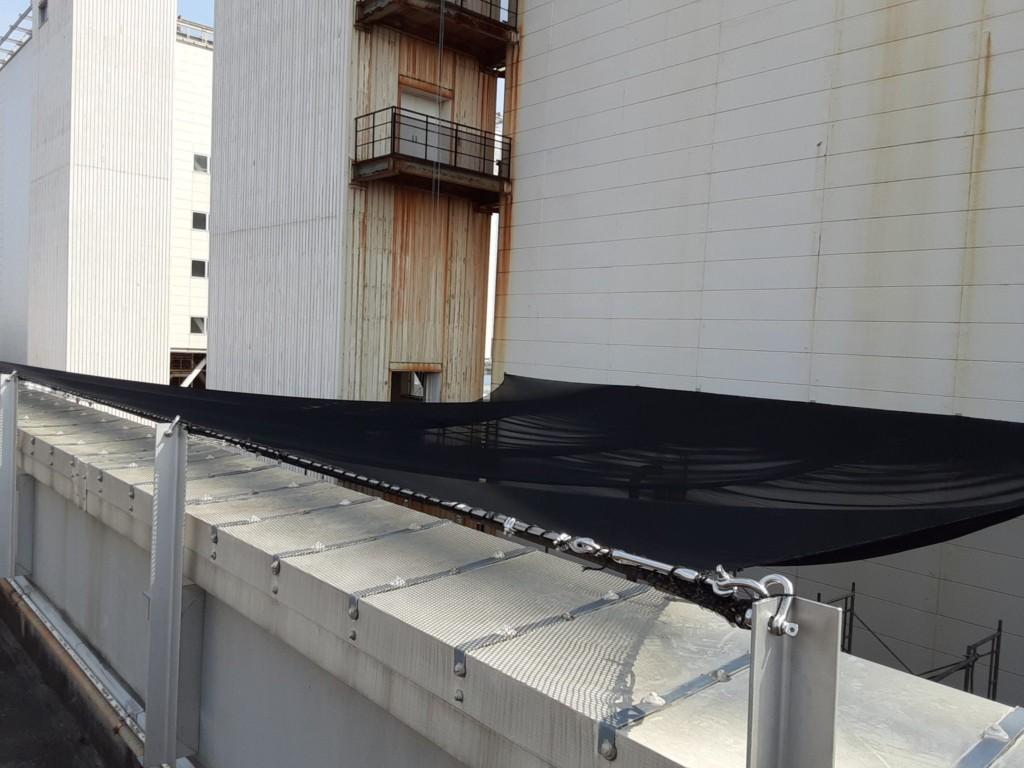 発電所内剥落防止水平ネット設置工事
