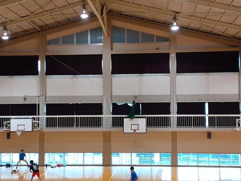 体育館仕切りネット設置工事