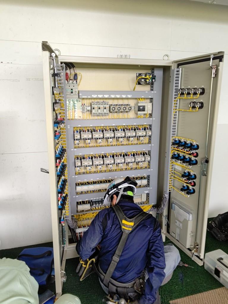 ウインチ制御盤入替工事